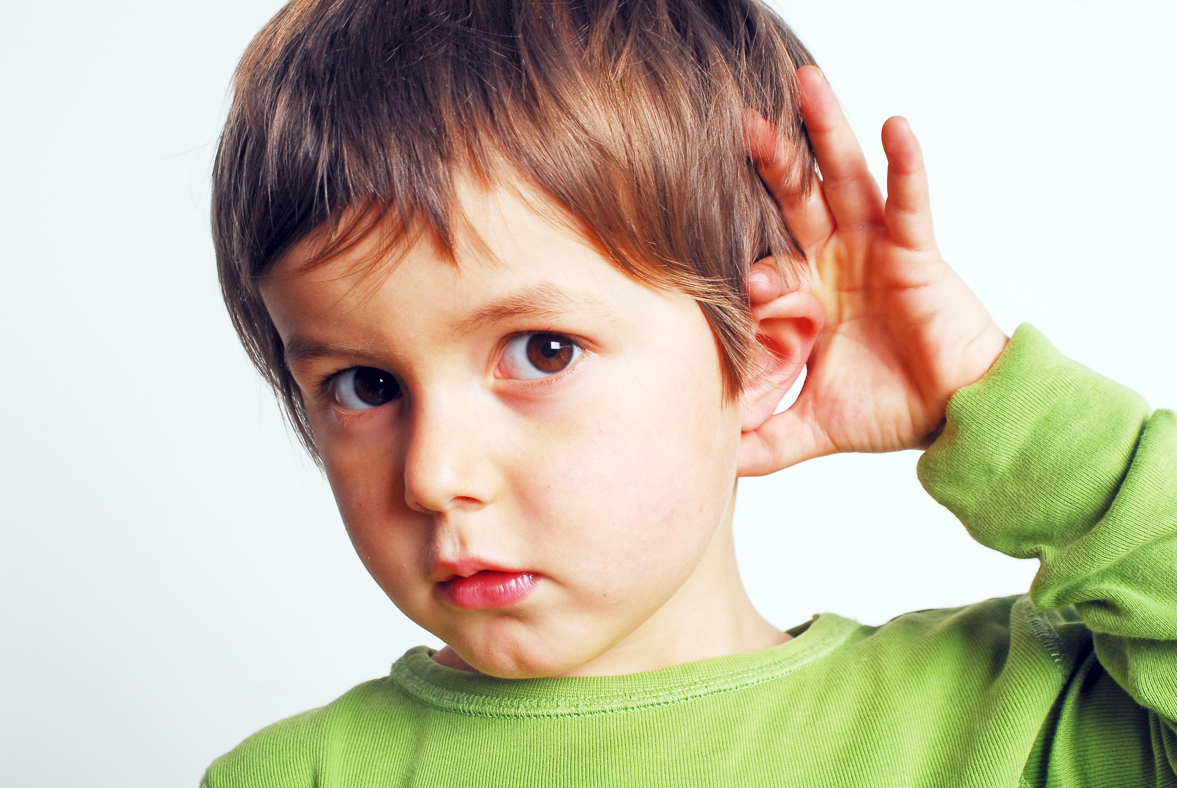 ¿Cómo puedes enseñarle la lengua de signos a tu bebé?