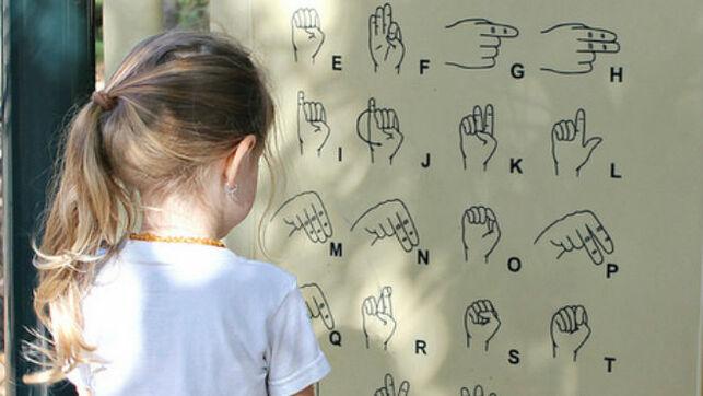 Video curso gratis de lengua de signos. Clase 1 y 2
